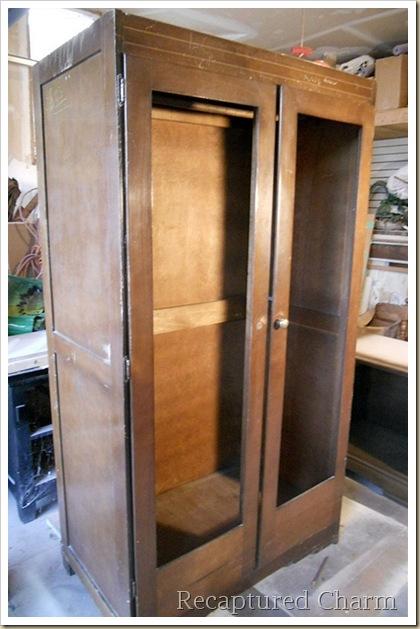 antique armoire 018a