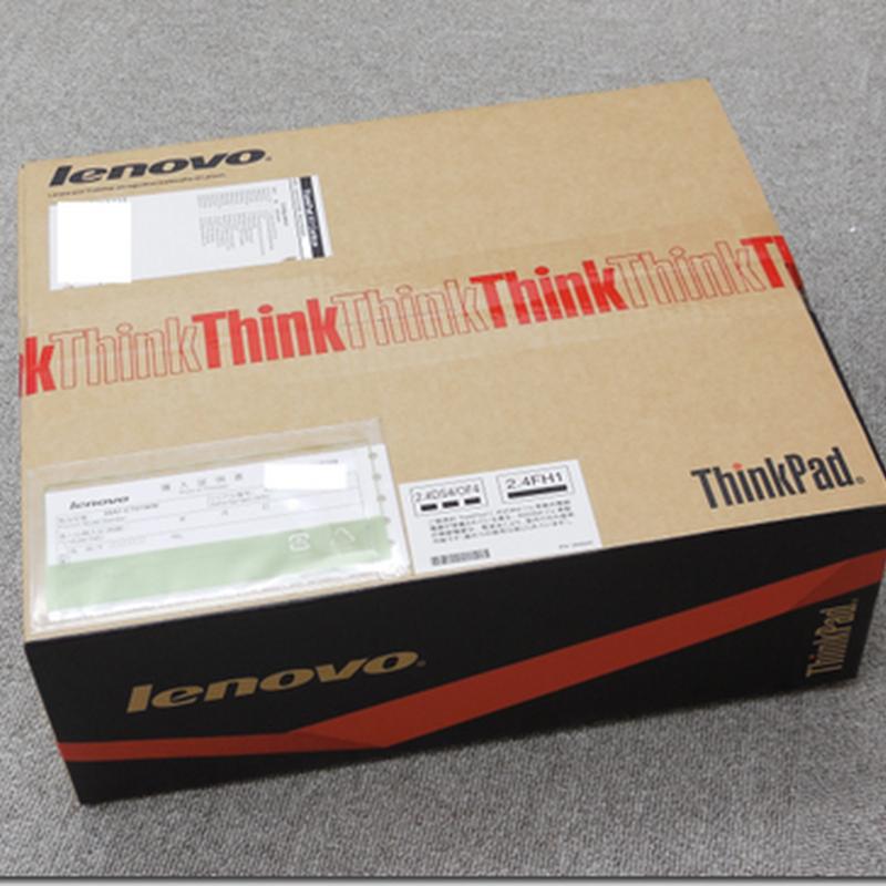 新しい ThinkPad X1 Carbon 開封の儀