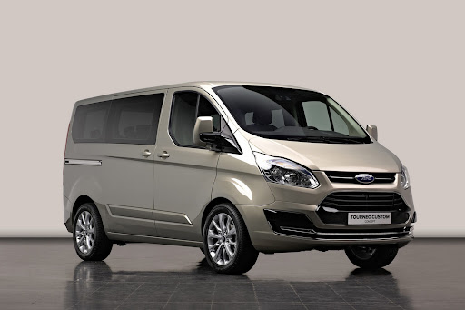 Ford-Tourneo-Concept-01.jpg