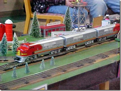 MVC-486S Lionel Railroad Club of Milwaukee at TrainTime 2000