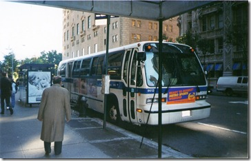 Autobús de NYCT en la Séptima Avenida