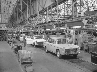 Montage, Peugeot 404 en bout de ligne en 1961