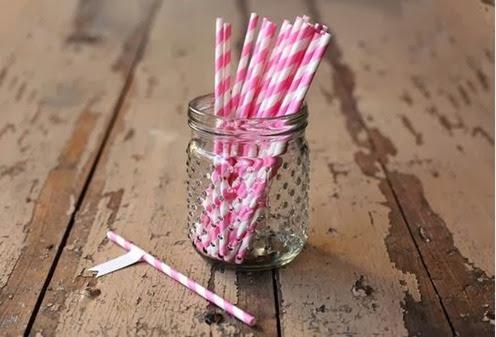 Bubblegum Pink Paper Straws[5]