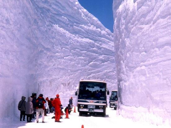 Snow-Canyon- Roads-Japan-05