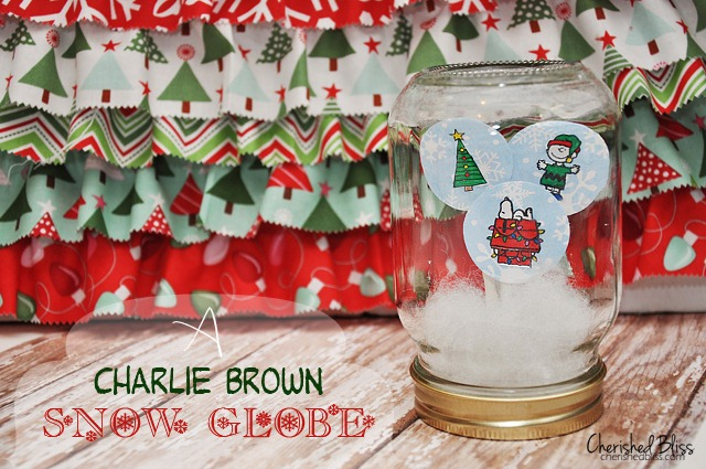 Charlie-Brown-Snow-Globe