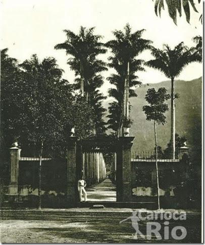 1880 - Entrada Real com guarda.Jardim Botânico