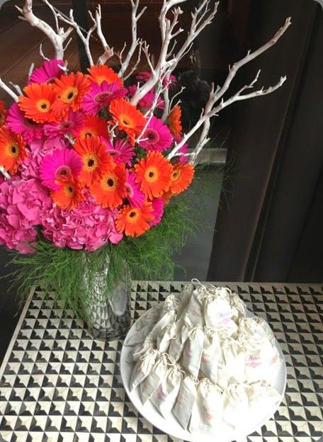 gerbera epoch floral  1006194_10151663001872010_32586726_n