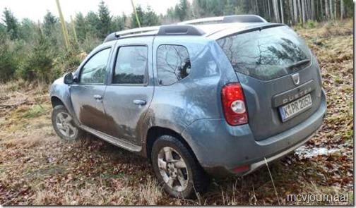 100000 test Dacia Duster 06