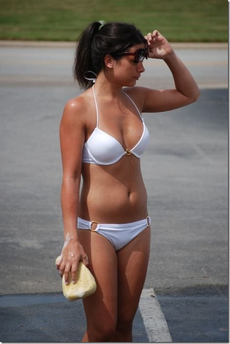 best-bikini-carwash-27