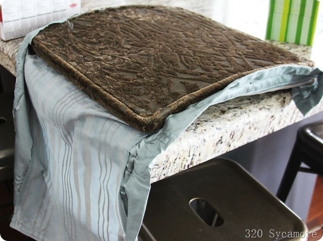 uncover fabric on chair