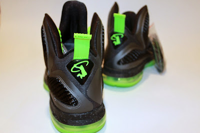 nike lebron 9 gr black green dunkman 4 02 Another Look at Nike LeBron Dunkman   Different Version