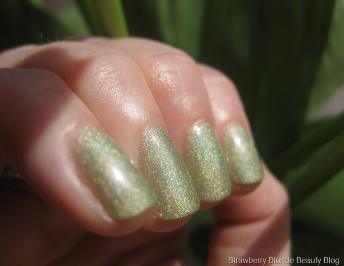 Butter_London_Trustafarian_Holo_Swatch