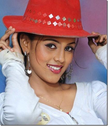iniya_tamil_actress