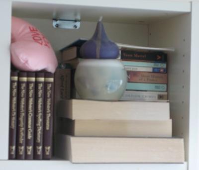 bookcase r3-10