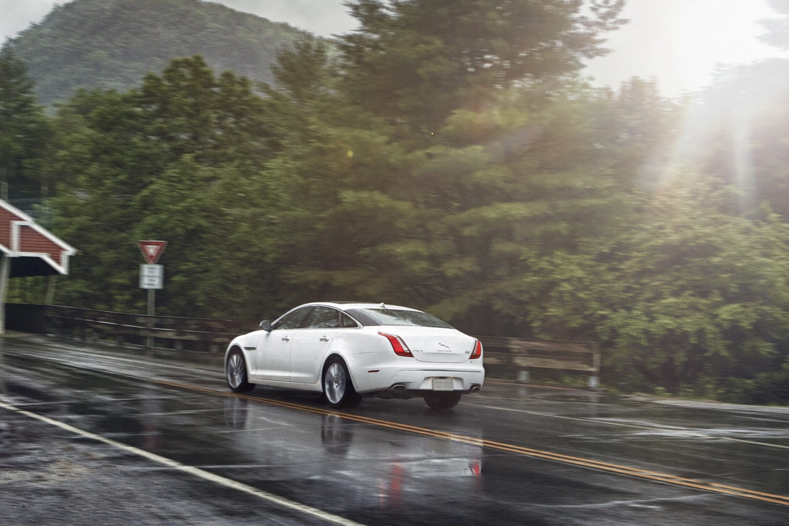 Jaguar-XWD-15[5].jpg