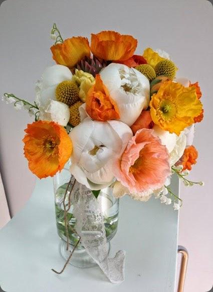 1070035_10151465063815957_933867336_n flora bella