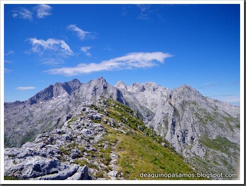 Poncebos-Canal de Trea-Jultayu 1940m-Lagos de Covadonga (Picos de Europa) 5150