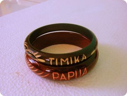 Gelang Bertuliskan Timika Papua