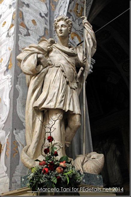 Statua di San Giorgio nella Basilica di San Giorgio, Ferrara, Italia - Statue of St. George in St. George Cathedral, Ferrara, Italy Photo of Marcello Tani