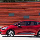 2013-Renault-Clio-4-7.jpg