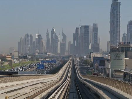 23. Metro Dubai.JPG