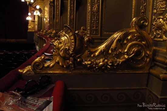 opera_20110907_1logefront