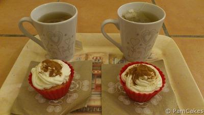 Cupcajes de nata con canela