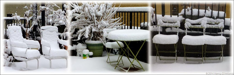 Rooftop-snowy-chairs--opt
