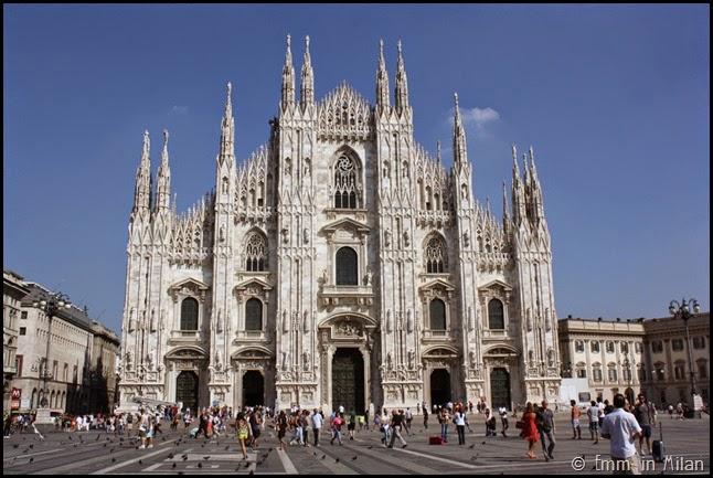 Milan Duomo Piazza del Duomo