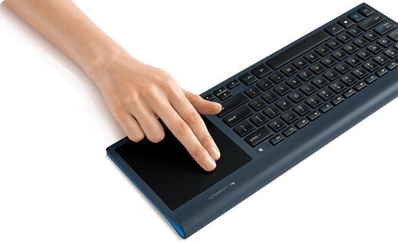 wireless-all-in-one-keyboard-tk820__