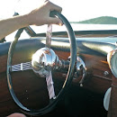 gatsby steering wheel w hand.JPG