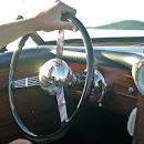 gatsby steering wheel w hand.JPG