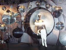 2008.11.24-019 vitrine du Printemps