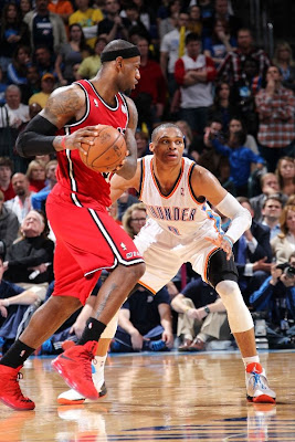 lebron james nba 130214 mia at okc 11 LBJ Powers Heat in new PEs. Ends Streak by Shooting ONLY 58%.