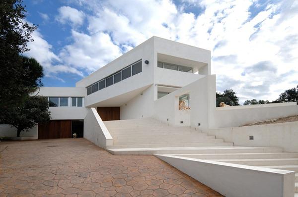 Casa-minimalista-en-Valdemorillo