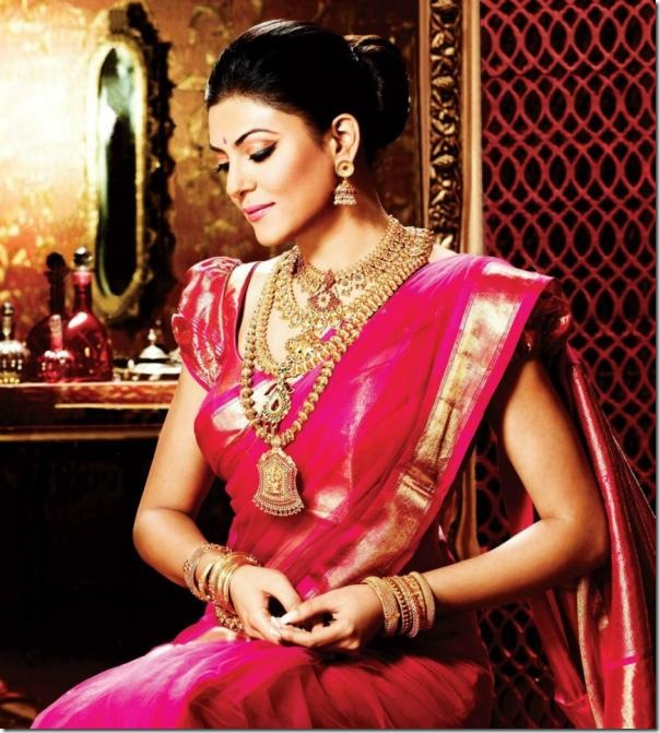 Susmitha_Sen_Pink_Traditional_Saree