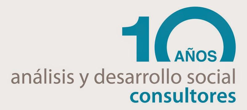 Logo 2 AID Social 10 años