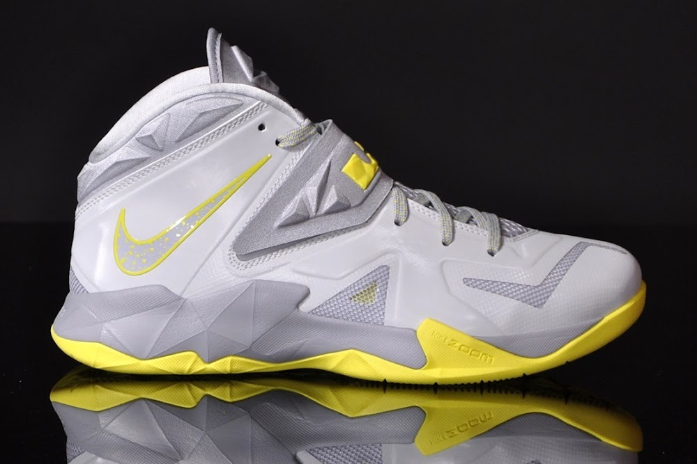 lebron zoom soldier 7. LeBron8217s Nike Zoom Soldier VII Available Now For 125 5 Bump Lebron 7