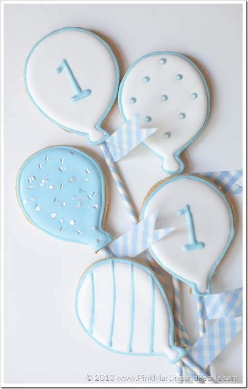 baby blue balloon cookies bouquet