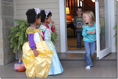Trick or Treating 029