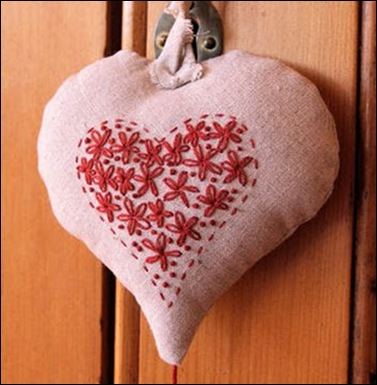 little-linen-heart