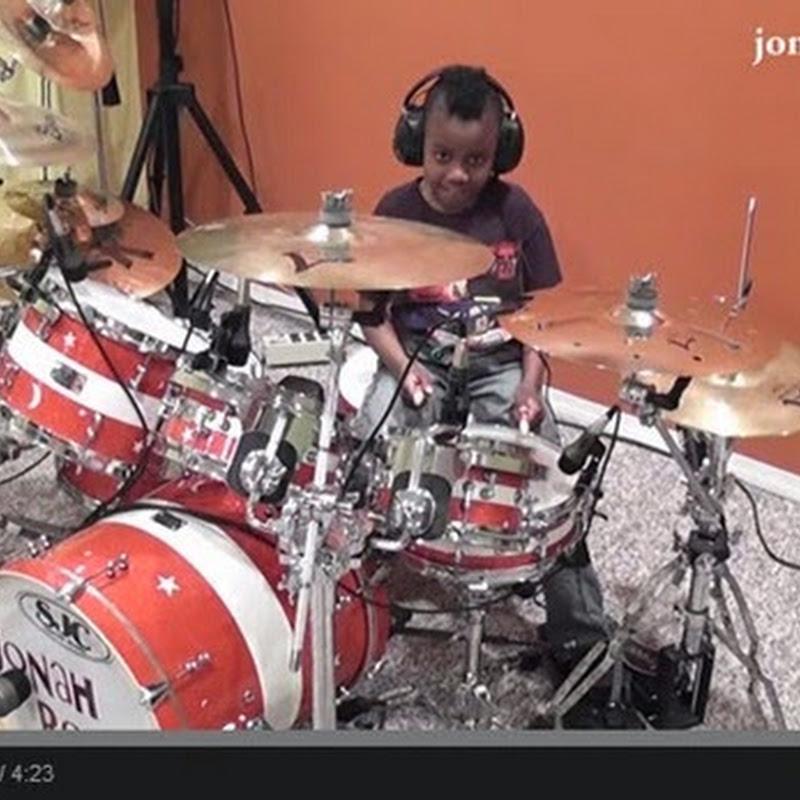 7 Χρονών  Drummer
