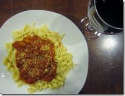 suzannes_sauced_spaghetti (400x306)