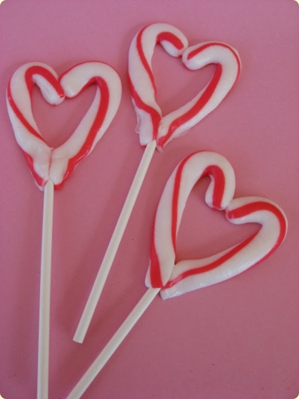 candy-cane-heart[1]