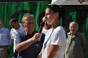 Il giornalista Gianfranco Poletti intervista                    Alice Moroni vincitrice dell 46a edizione