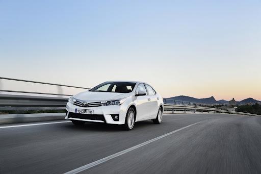 2014-Toyota-Corolla-45.jpg