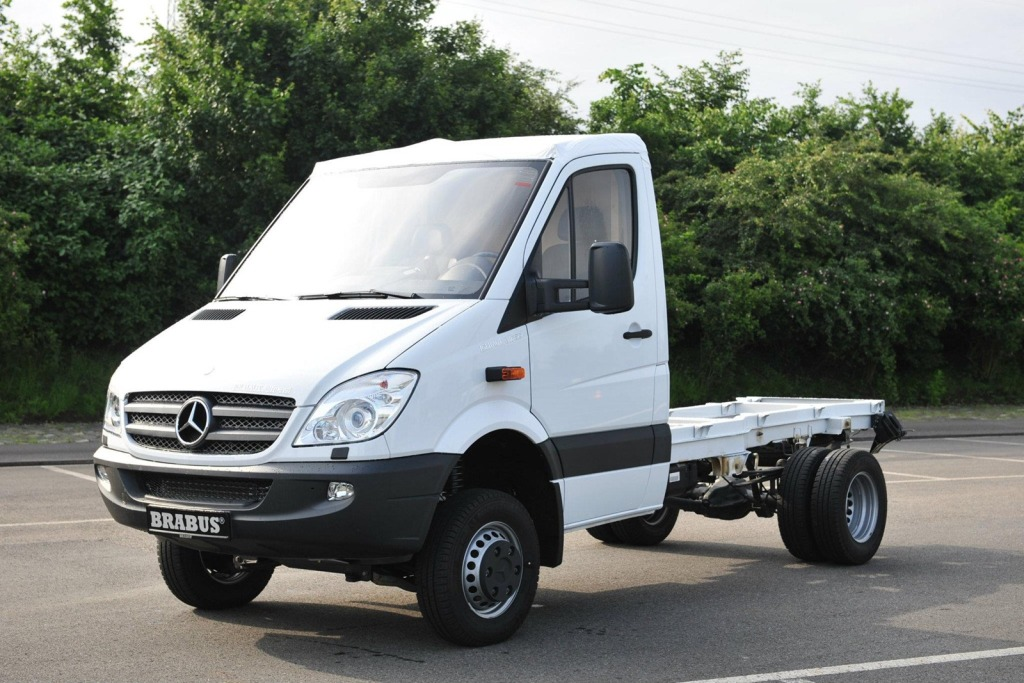Brabus-Mercedes-Benz-Sprinter-V8-5.jpg?imgmax=1800