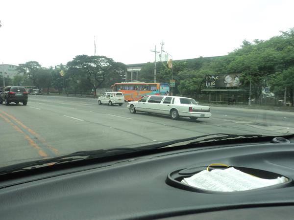 limousine-in-the-philippines-010.jpg