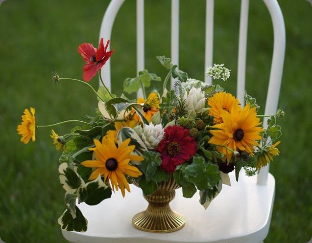 leftovers 970587_10152015321178362_343672903_n alluring blooms