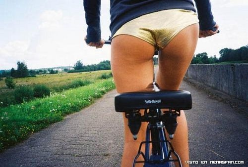 chicas-en-bici-07